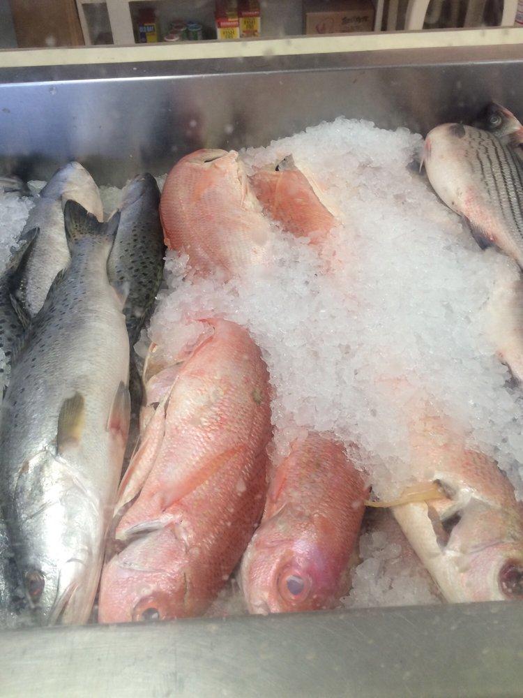 Clifton Seafood: 2213 Decker Blvd, Columbia, SC