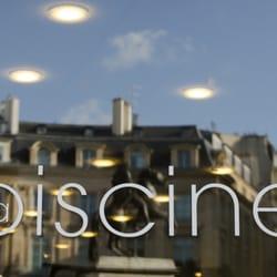 La Piscine Men S Clothing 7 Places Des Victoires Bourse Paris