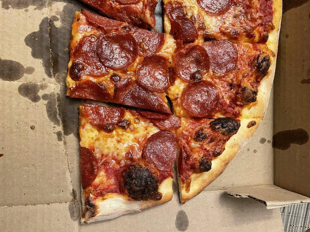 Riggio's Pizza: 809 Maple Rd, Longmeadow, MA