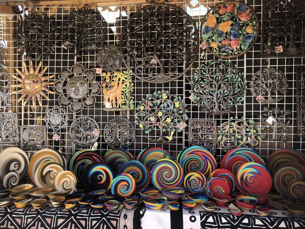 The Santa Fe Flea Market at Buffalo Thunder: 17751 US-285, Santa Fe, NM