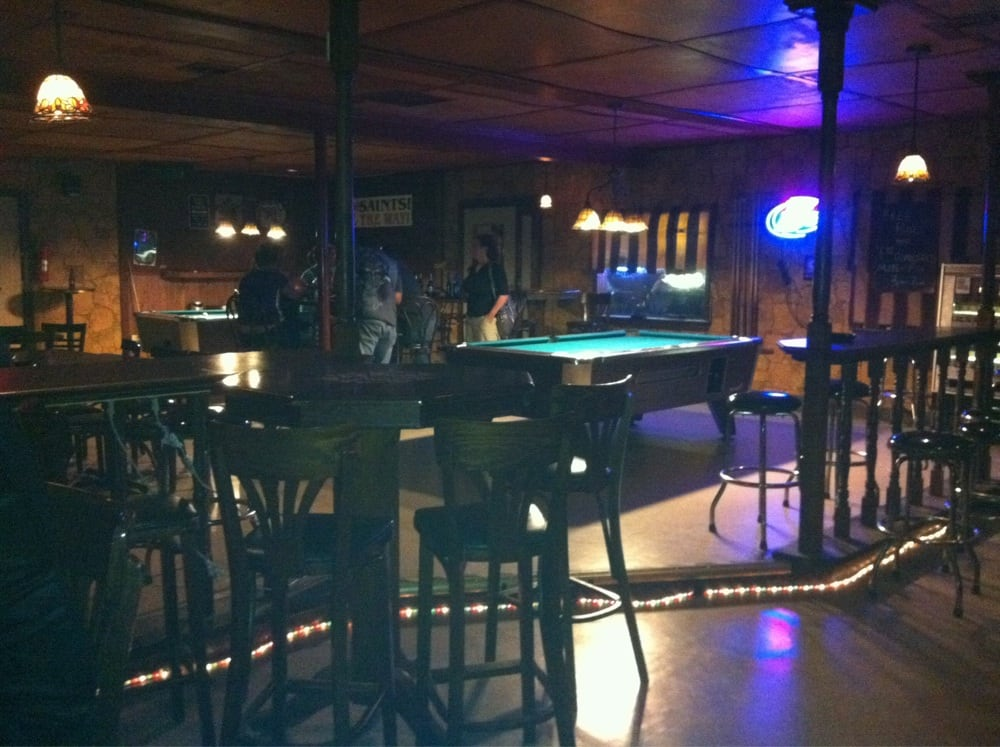 Sidney's Sports Bar: 1674 Barataria Blvd, Marrero, LA
