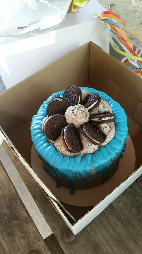 Heaven's Gate Catering/ Lil Tea's Specialty Desserts: 2033 Coast Guard Dr, Stafford, VA