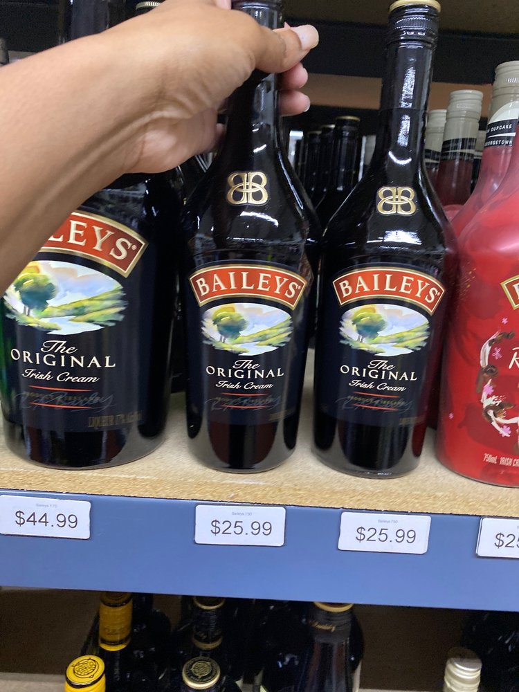 Top Shelf Liquors: 5015 Floyd Rd SW, Mableton, GA