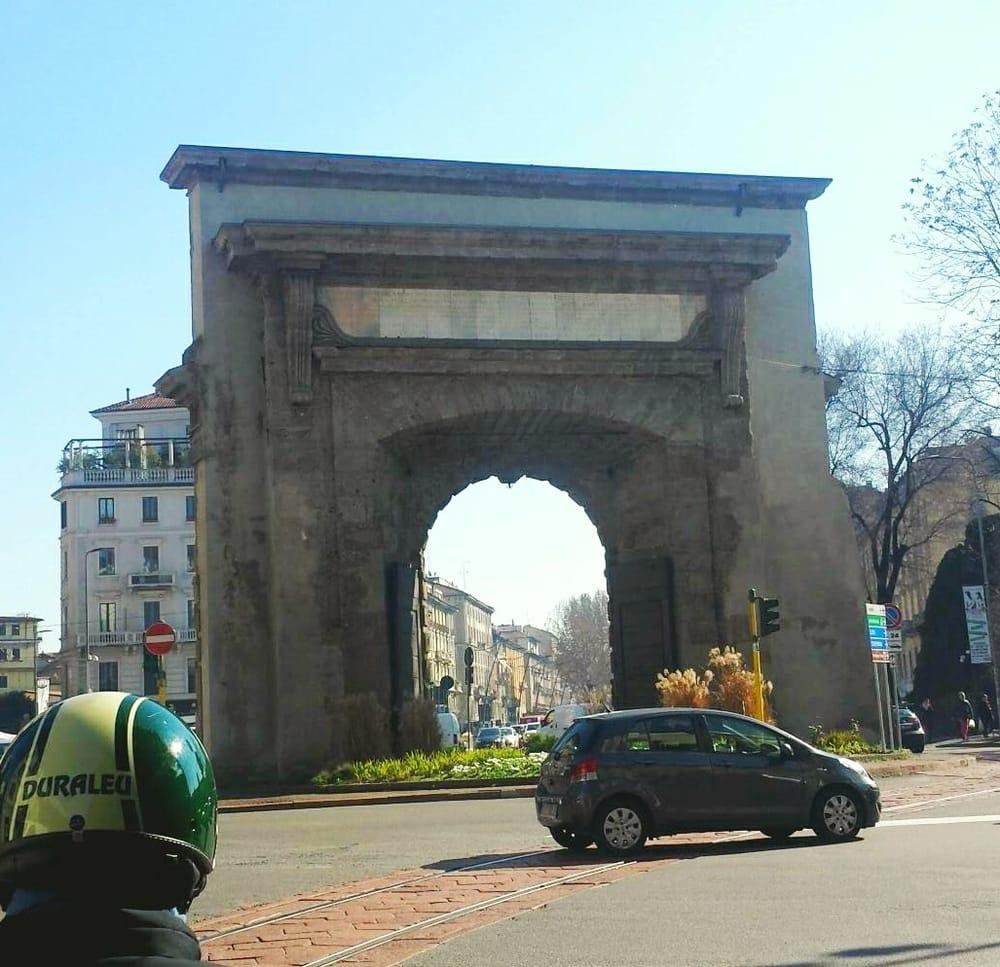 Porta romana 10 foto monumenti luoghi storici e d - Autoscuola porta romana milano ...