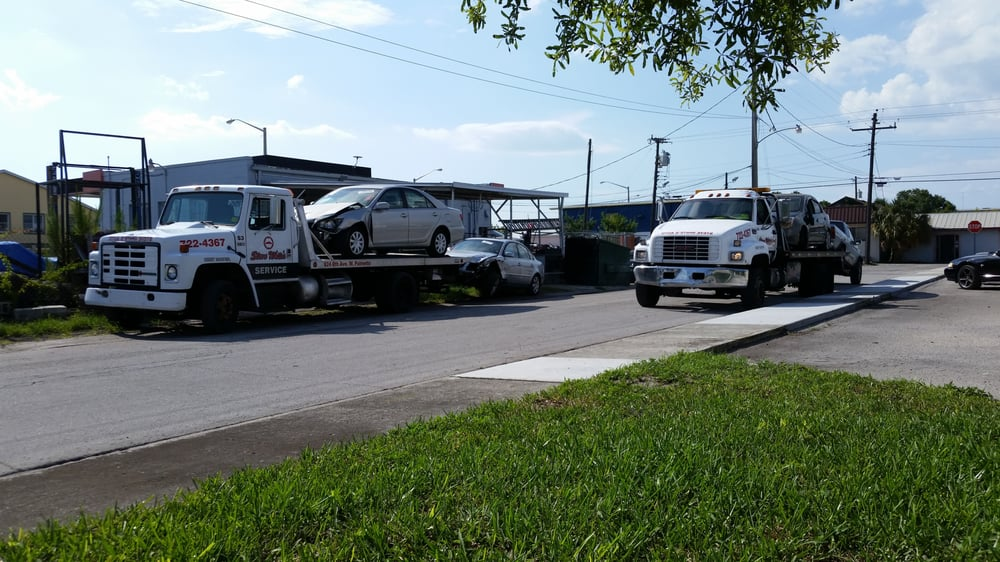 Towing business in Memphis, FL