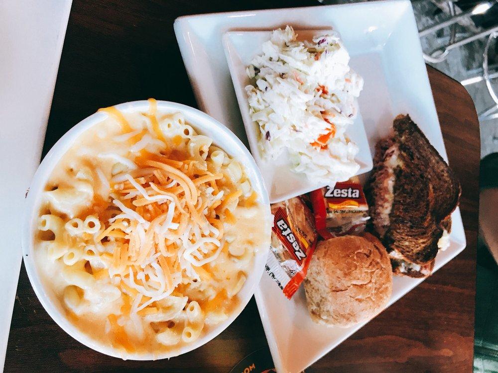 Mac's Industrial Sports Bar & Grill