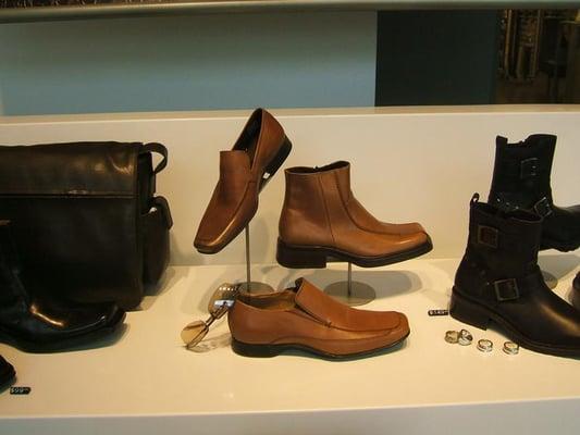 aldo shoes oak brook illinois hotels for sale