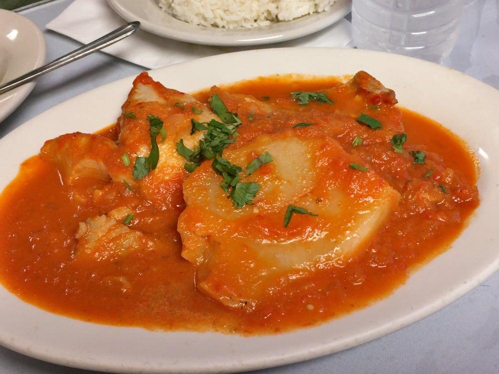 La tia delia restaurant 46 photos 51 reviews for Fish market paterson nj