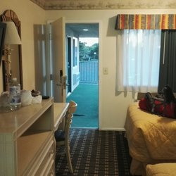 Pleasing Town House Motel 41 Photos 29 Reviews Hotels 44125 Home Interior And Landscaping Mentranervesignezvosmurscom