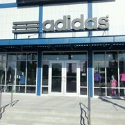 adias outlet k2m7  Photo of Adidas Retail Outlet