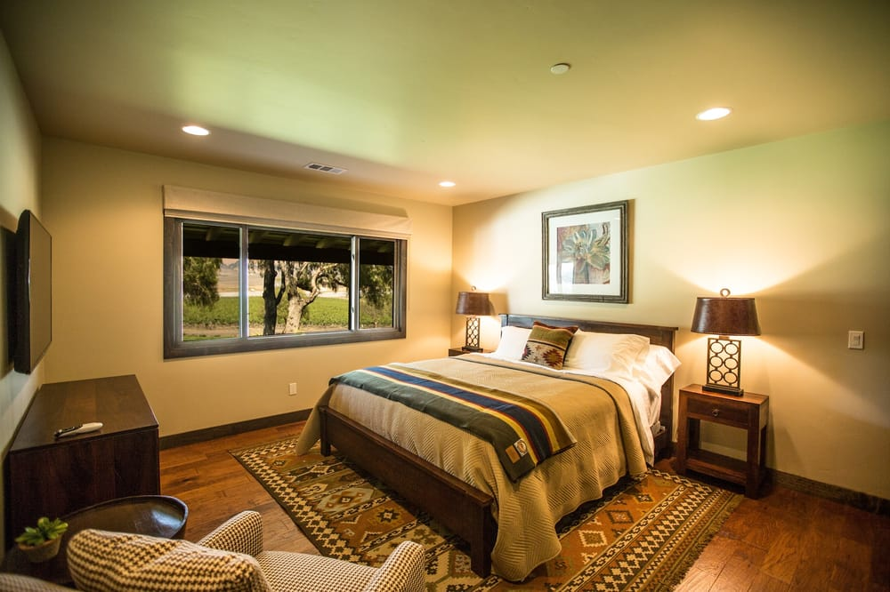 1 of 6 bedrooms inside the ranch house at greengate ranch - 3 bedroom houses for rent in san luis obispo ...