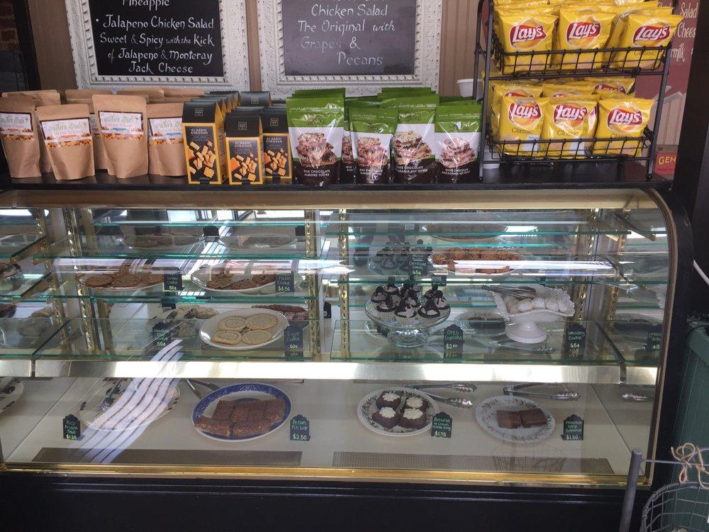 kay's vintage pantry: 48 E Public Sq, Jefferson, GA