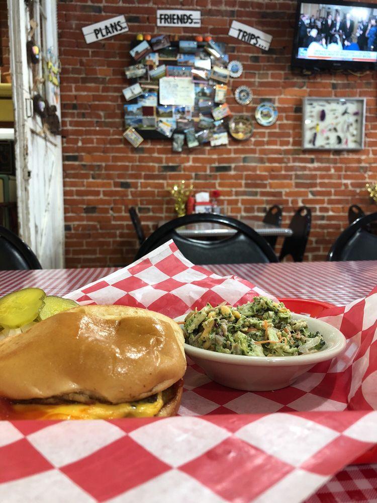 Rath's Cafe: 1227 M St, Aurora, NE