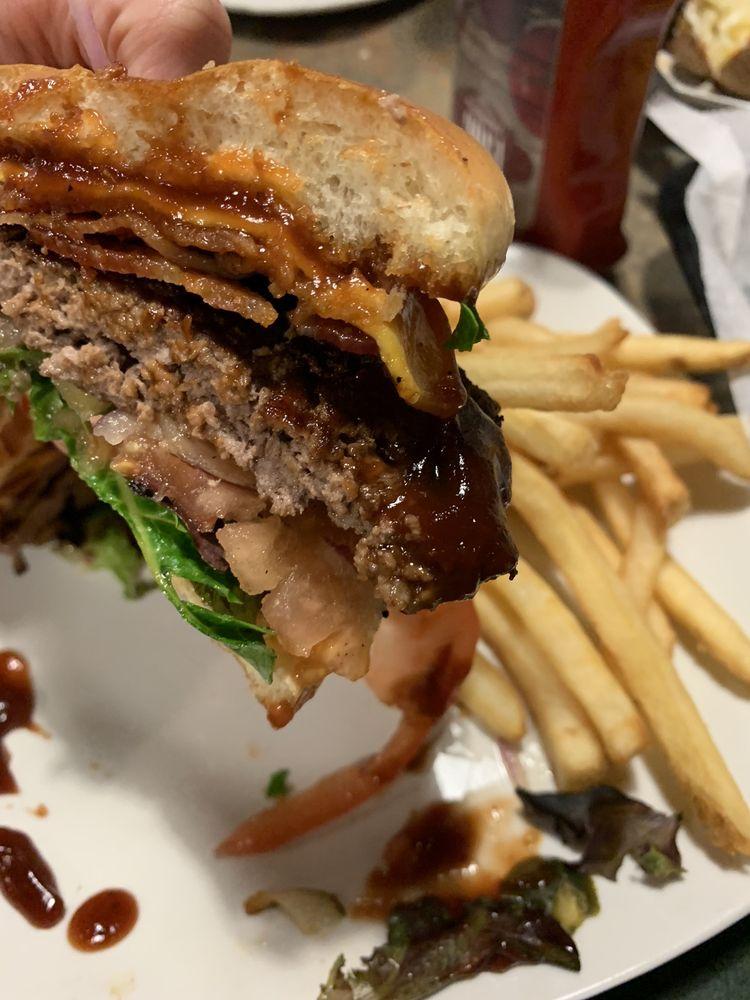 Branding Iron Bbq & Steak House: 623 Sherwood Ave, Mena, AR