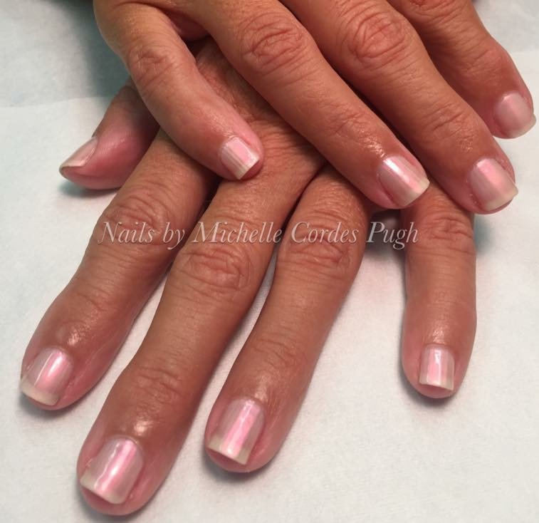 Natural nail manicure with Dazzle Dry polish: no UV light