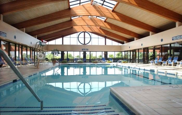 Holiday Inn Washington-Dulles Intl Airport: 45425 Holiday Dr, Sterling, VA