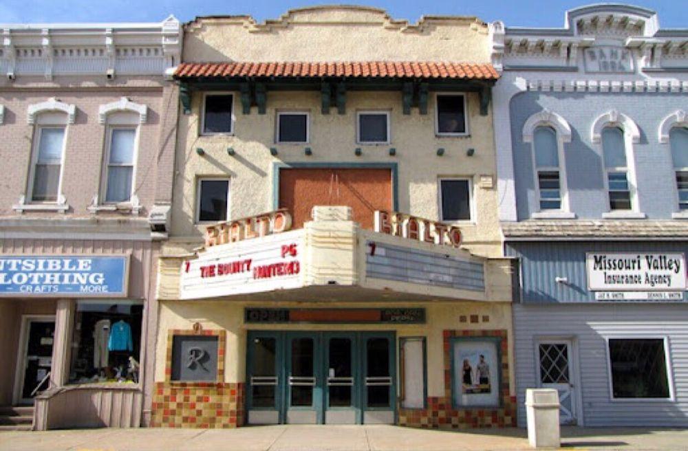 Rialto Movie Theater: 405 E Erie St, Missouri Valley, IA