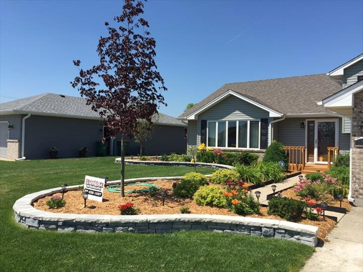 Cuttin Edge Lawn To Landscaping: 3215 E Rt 113, Mazon, IL