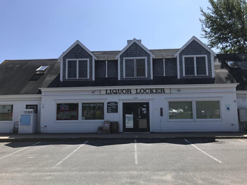 Chathams Liquor Locker: 1221 Main St, Chatham, MA