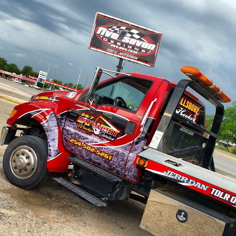 Day & Night Wrecker Service: 526 W Elm St, Hillsboro, TX