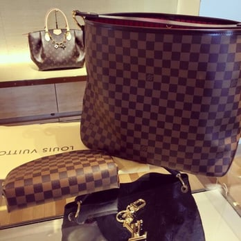 Louis Vuitton Beverly Hills Rodeo Drive 155 Photos Amp 167