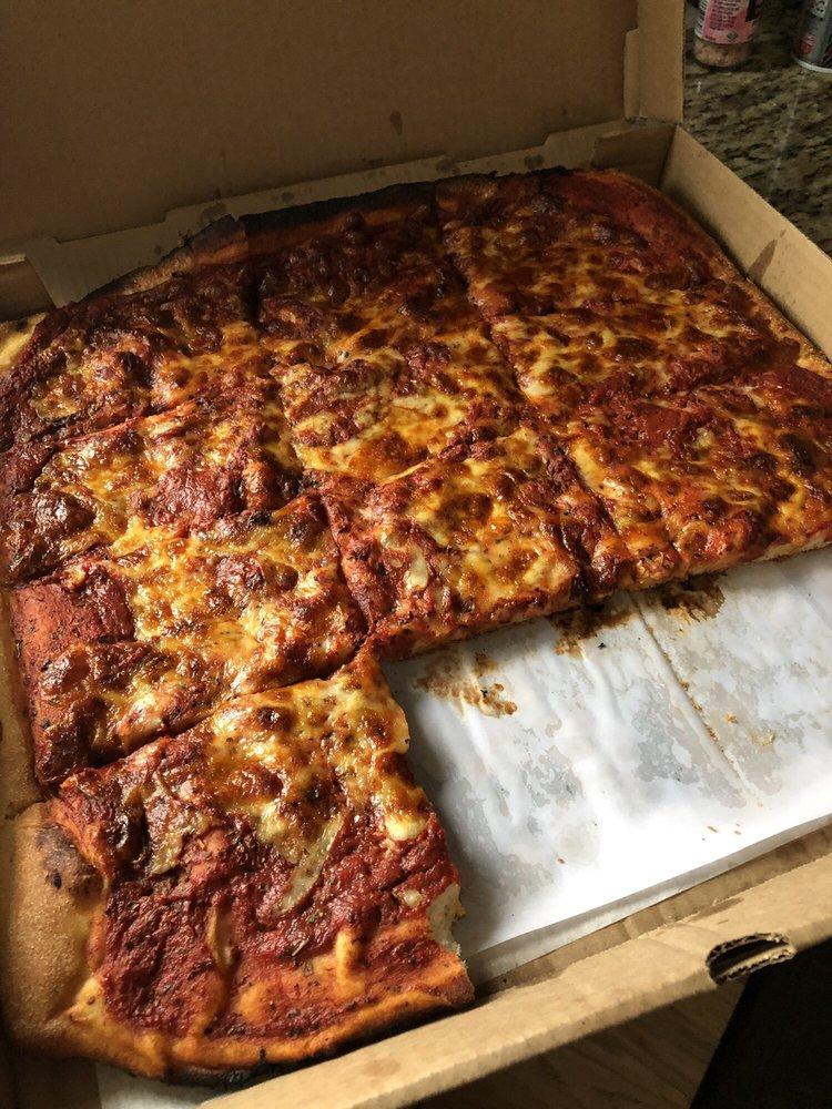 Santillo's Brick Oven Pizza: 639 S Broad St, Elizabeth, NJ