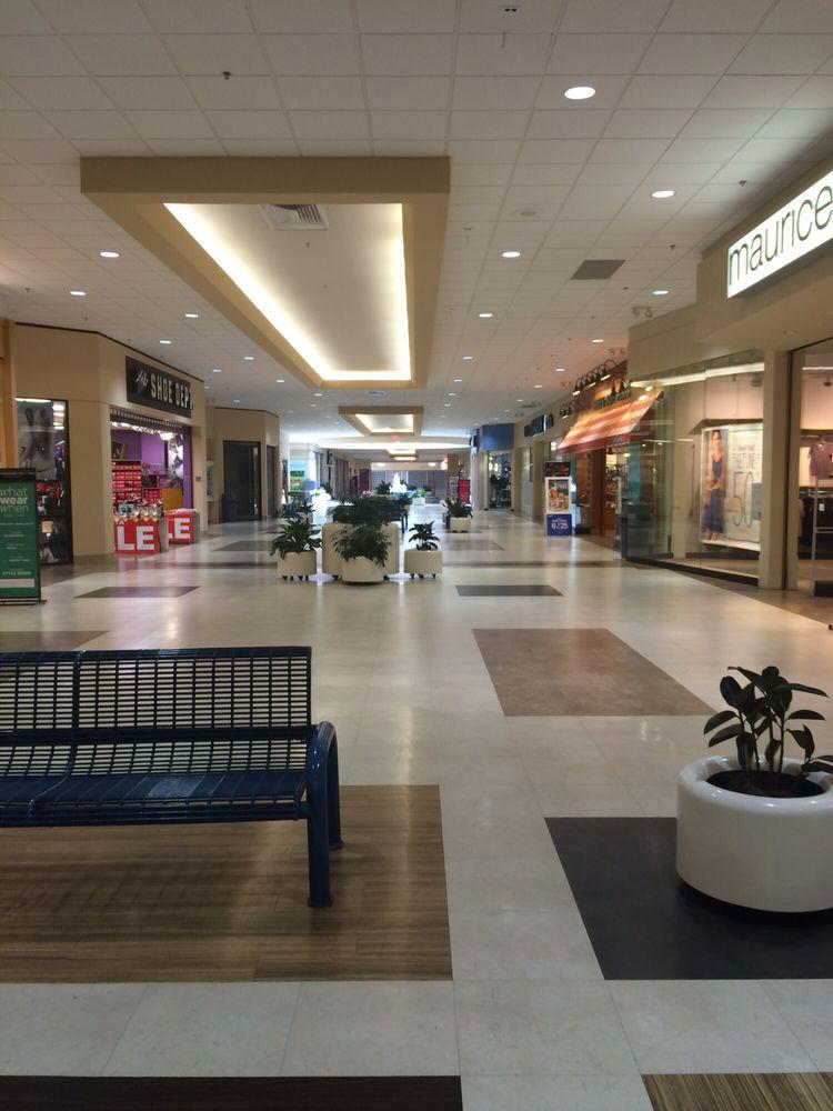 Cross County Mall: 700 Broadway Ave E, Mattoon, IL