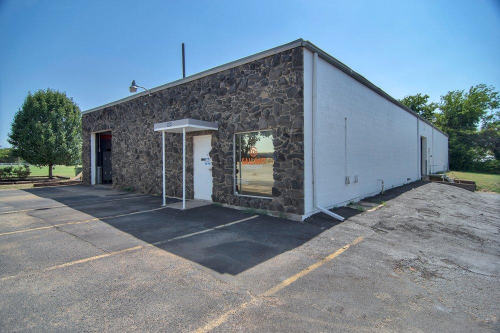 CrossFit Gallant: 2804 Renee, Bedford, TX