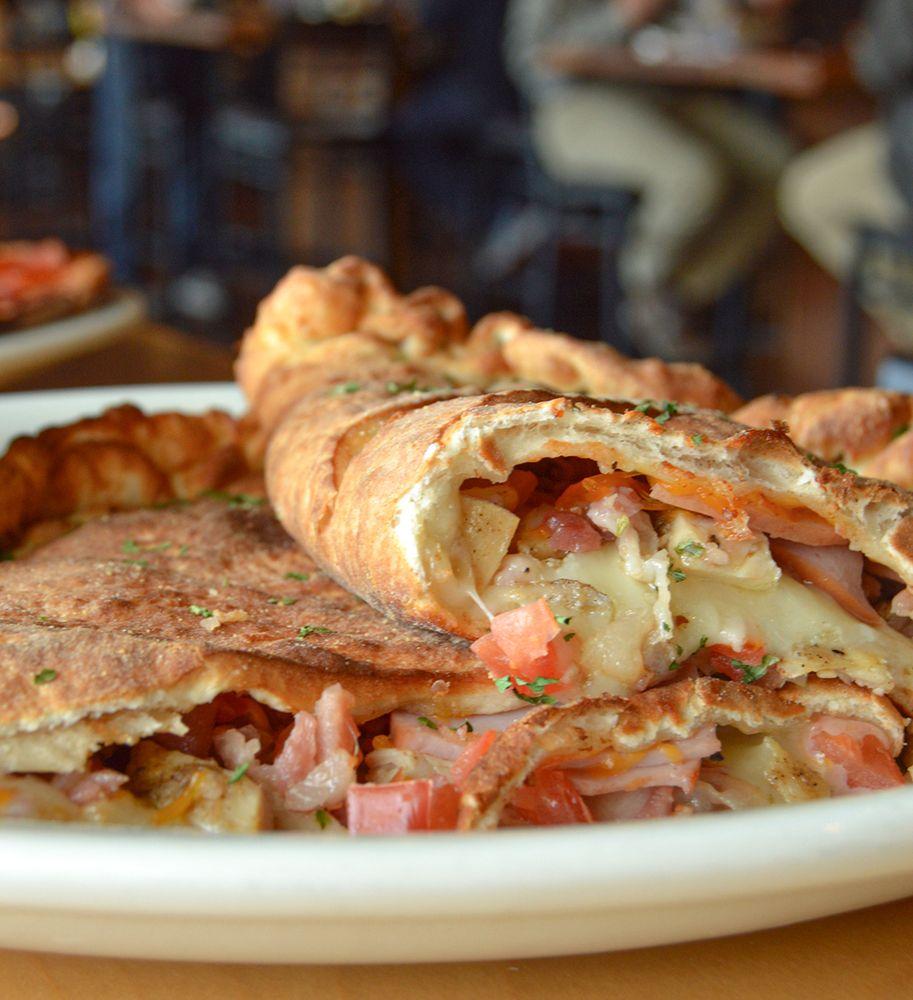 Soulshine Pizza Factory: 1111 Highland Colony Pkwy, Ridgeland, MS