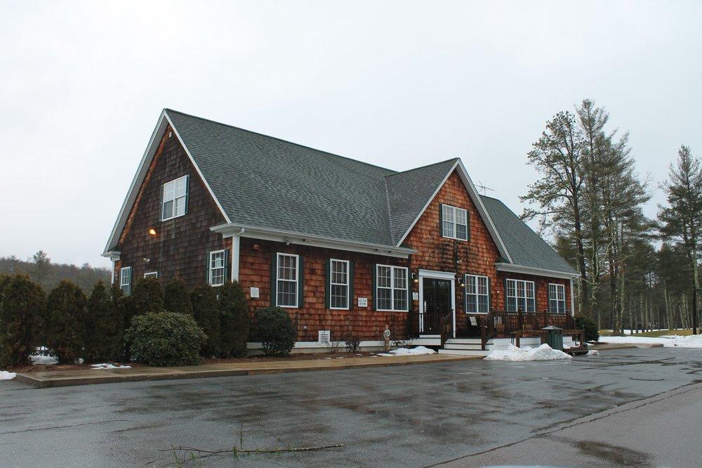 Pinecrest Golf Club: 25 Pinehurst Dr, Carolina, RI