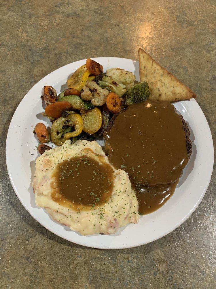 Sassy's Restaurant: 7635 Hwy 614, Moss Point, MS