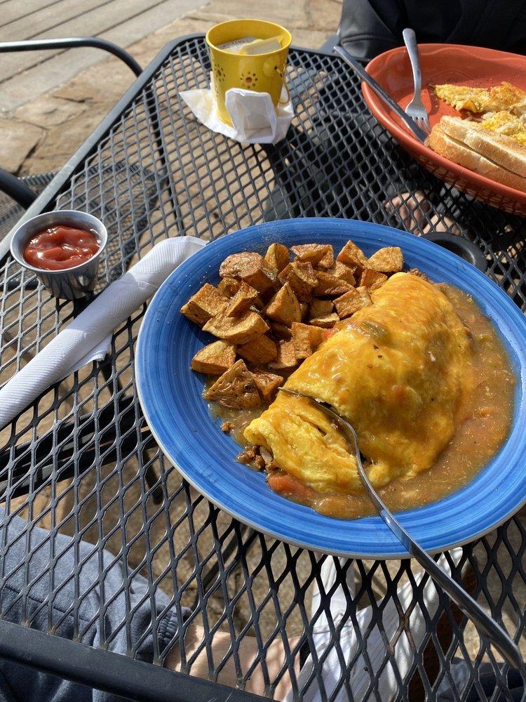 Miyo Cafe: 858 W Happy Canyon Rd, Castle Rock, CO