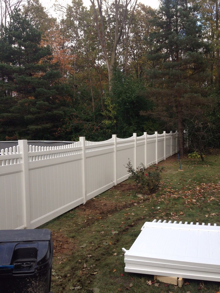 Affordable Fence Installation Companies Near Newtonville