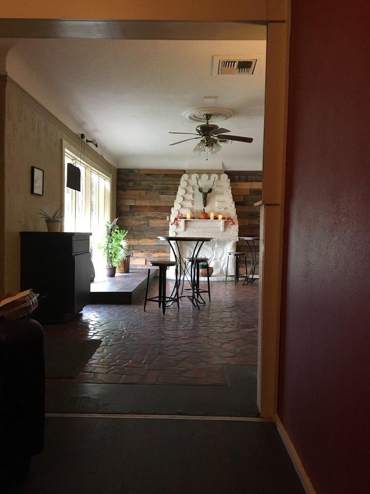 CornerHouse Coffee: 1000 Scurry St, Big Spring, TX