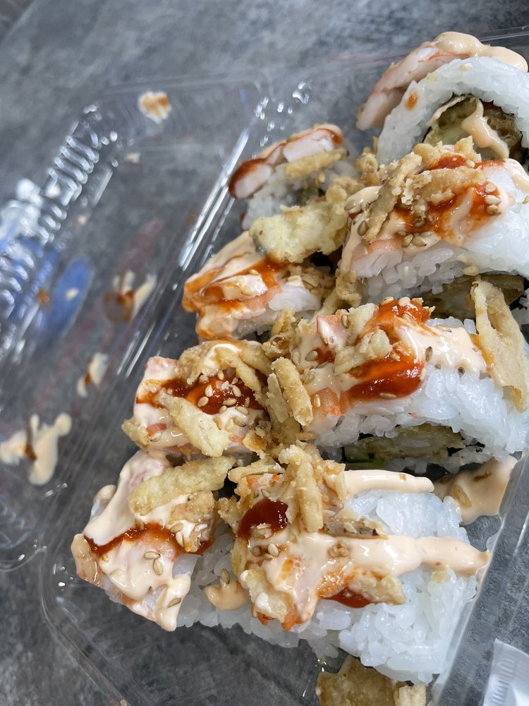 Sushi Hawaii Rolls & Bowls: 15-2714 Pahoa Village Rd, Pahoa, HI