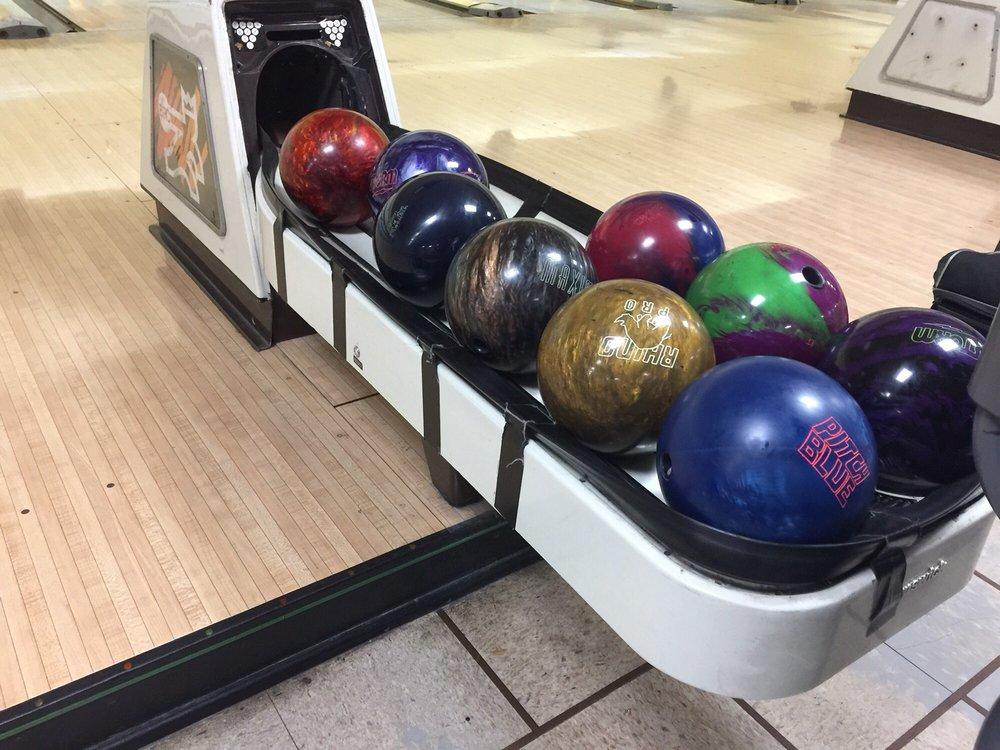 Homestead Bowl & The X Bar