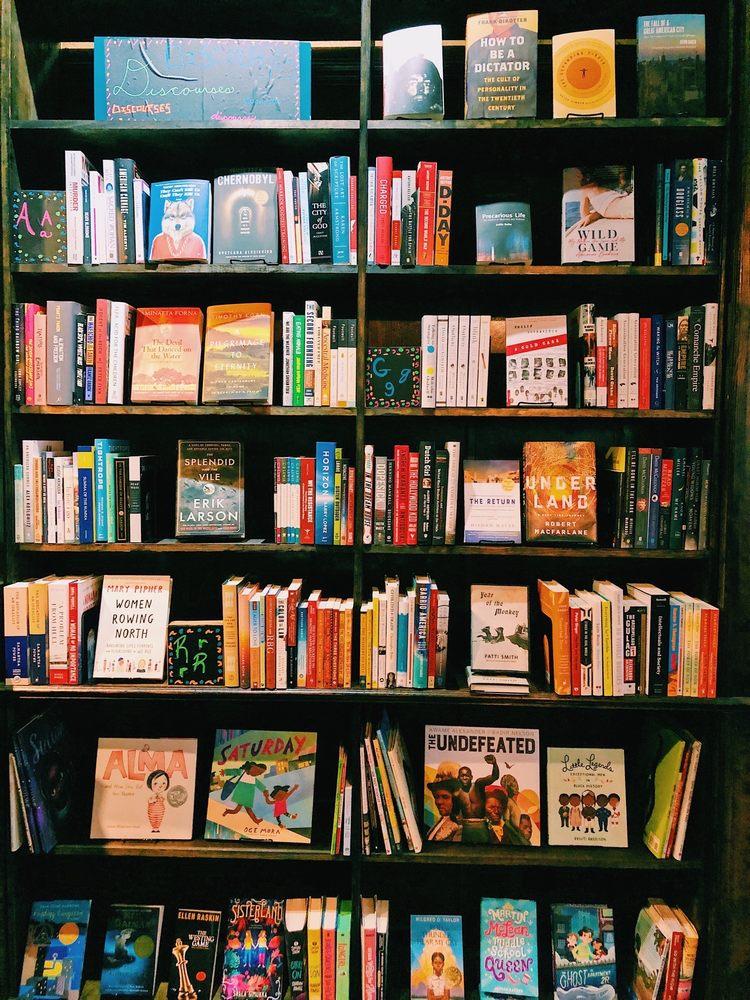 Poets Oak Cliff Bookshop: 506 N Bishop Ave, Dallas, TX