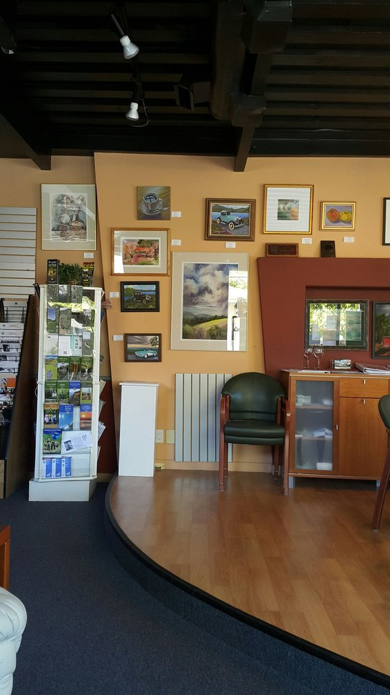 Saratoga visitor center