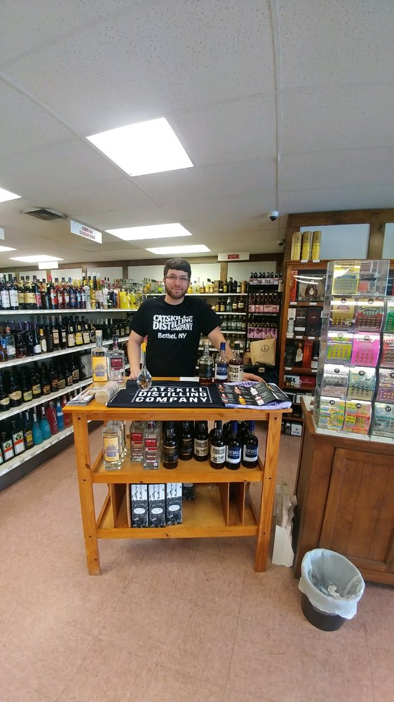 Mdj Wine & Liquor Discount: 410 Route 376, Hopewell Junction, NY
