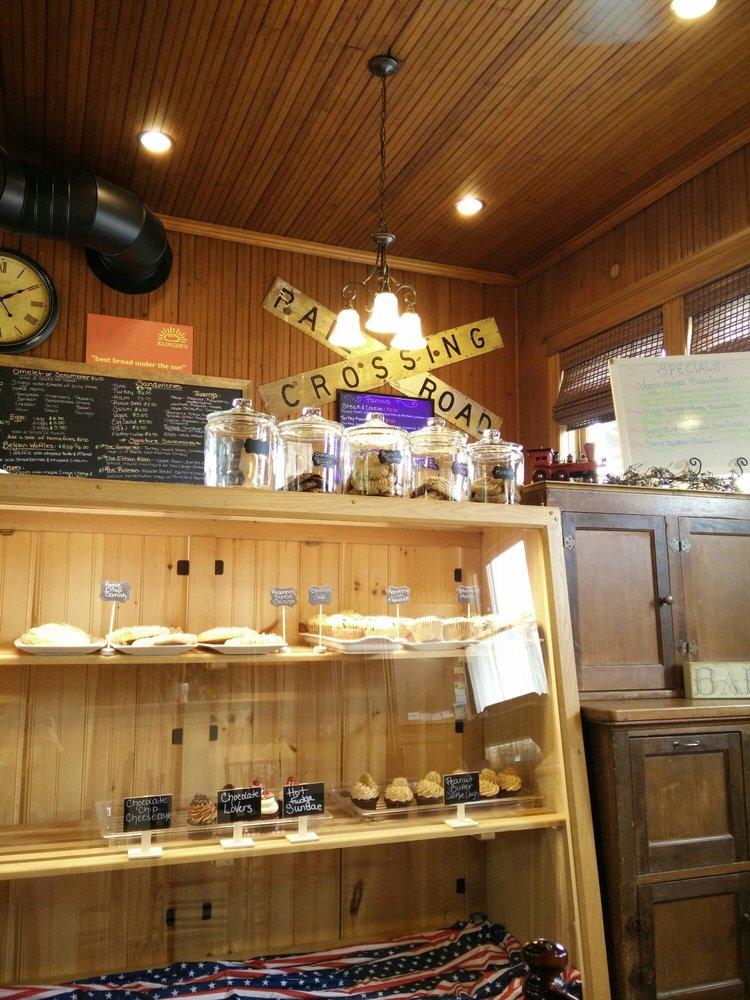 The Depot Cafe & Bake Shop: 266 Main St, Castleton, VT