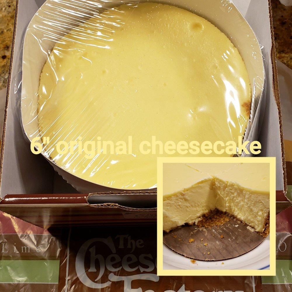Photo of The Cheesecake Factory - Westbury, NY, United States