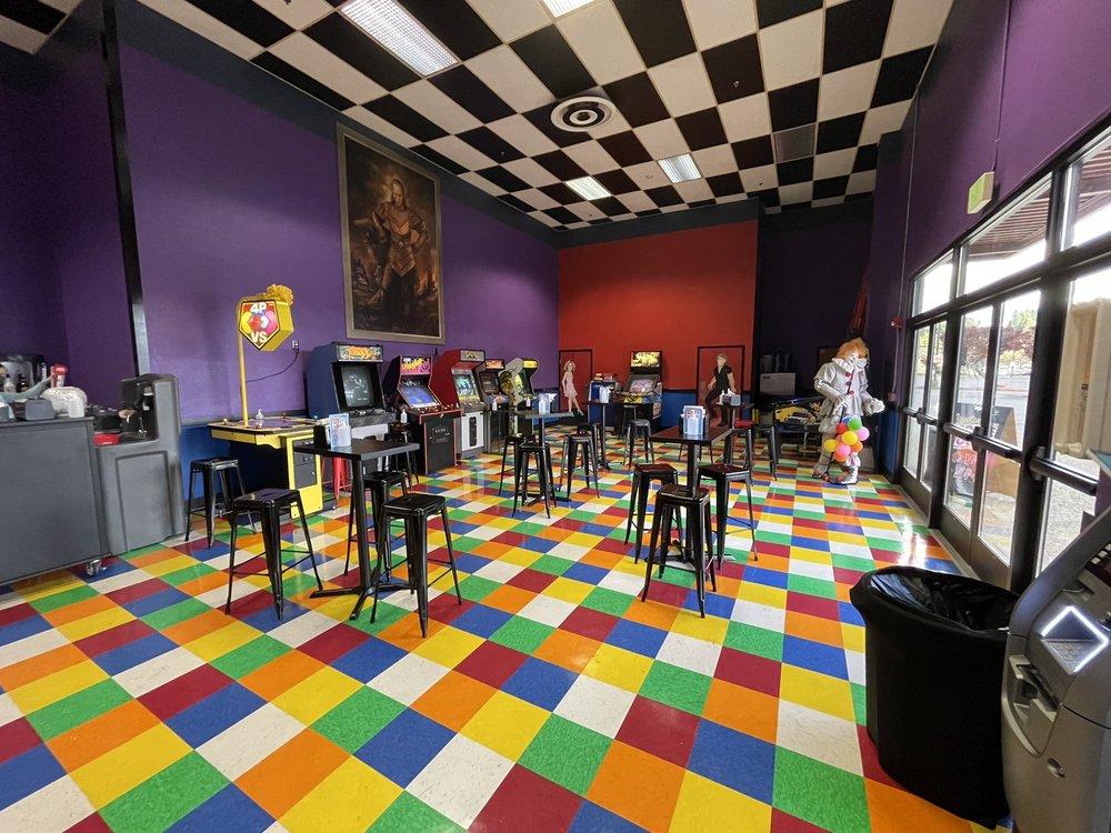 Tracyton Movie House: 1520 NE Riddell Rd, Bremerton, WA