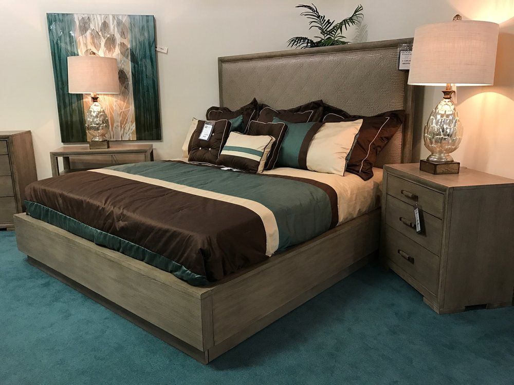Lenny's Furniture