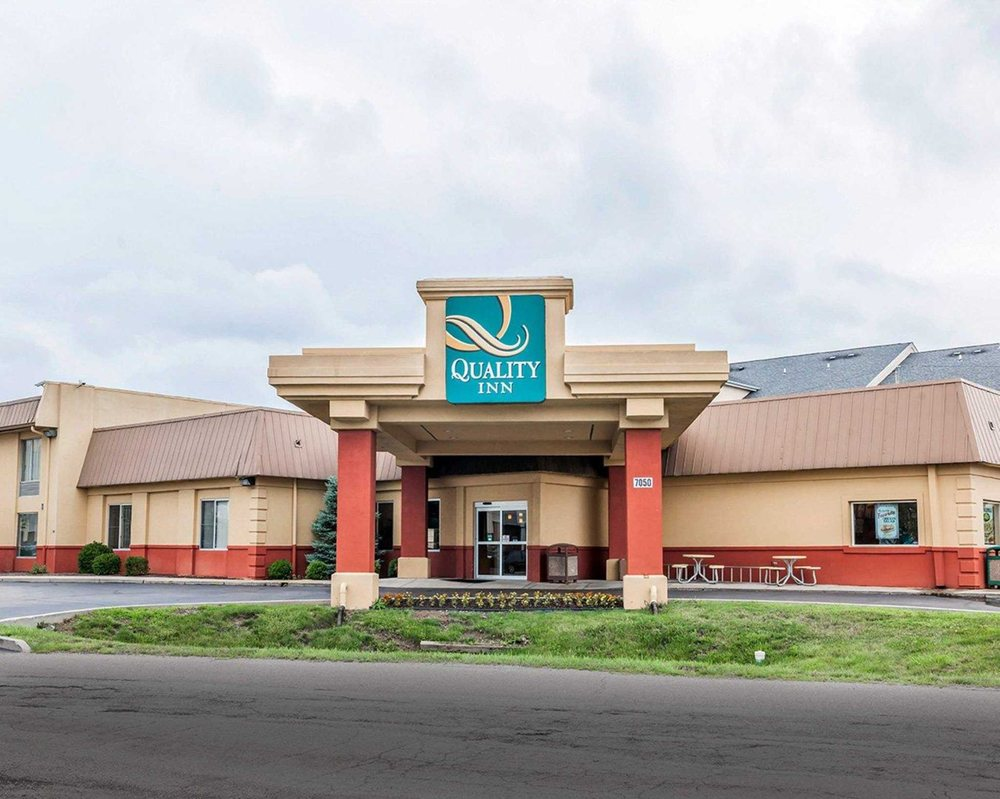 Quality Inn East: 7050 E 21st St, Indianapolis, IN