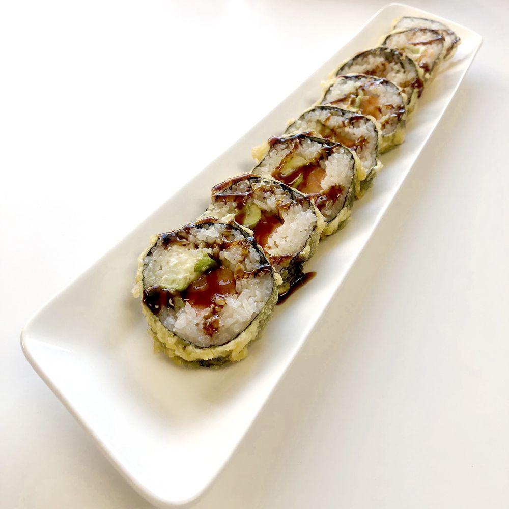 Maxi Teriyaki and Sushi Restaurant: 1033 1st St, Cosmopolis, WA