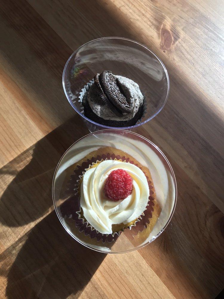 Cupcake Town Bakery: Economy, PA