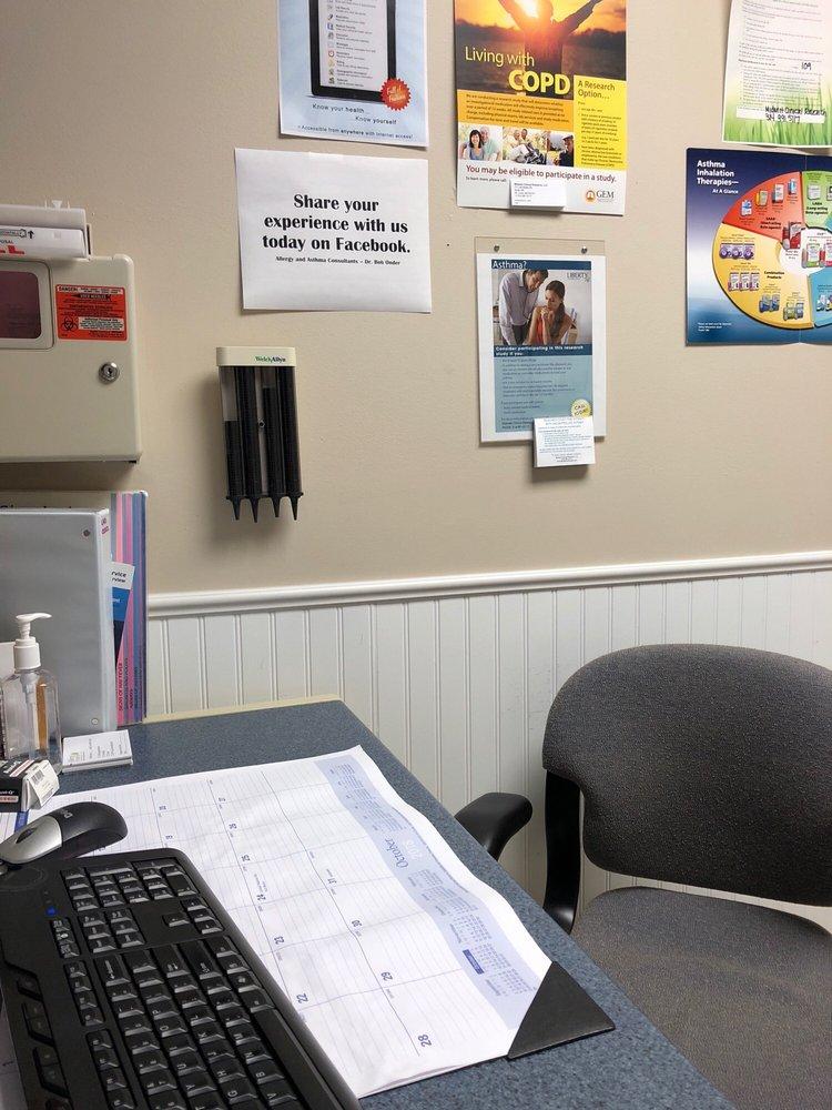 Allergy & Asthma Consultants PC: 711 Old Ballas Rd, Saint Louis, MO