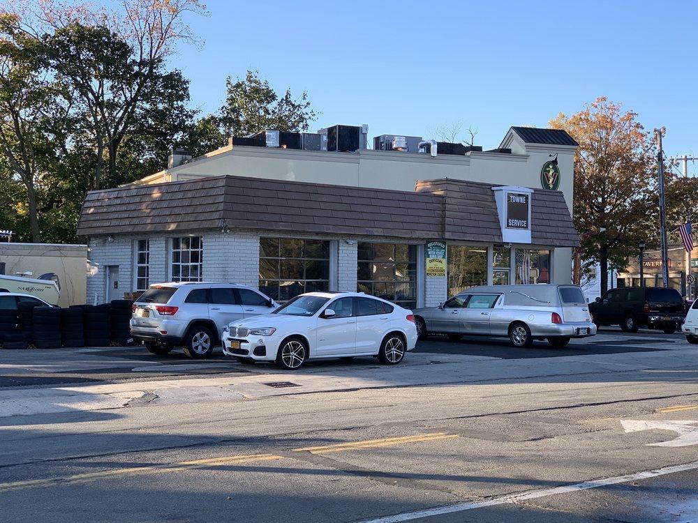 Towne Service Station: 6 Utterby Ave, Malverne, NY