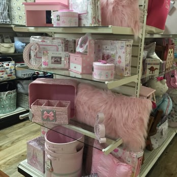 Photo of HomeGoods   Vernon  CT  United States  Girly stuff. HomeGoods   16 Reviews   Department Stores   35 Talcottville Rd