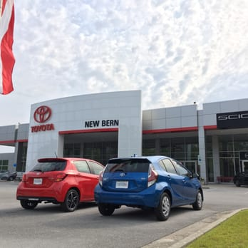 toyota of new bern 31 photos car dealers 5010 us hwy 70 e new bern nc phone number yelp. Black Bedroom Furniture Sets. Home Design Ideas
